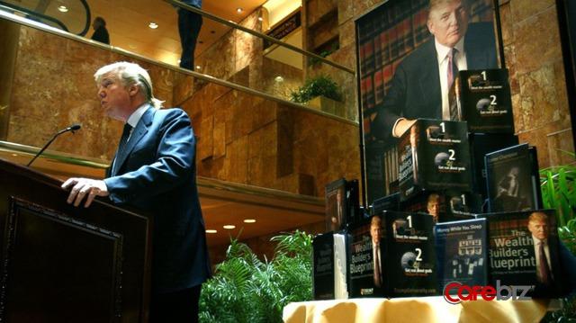 Đại học Trump - cú lừa thế kỷ: Bỏ 35.000 USD để xem Trump… qua màn hình, chờ đến chết cũng chưa được bồi thường - Ảnh 2.