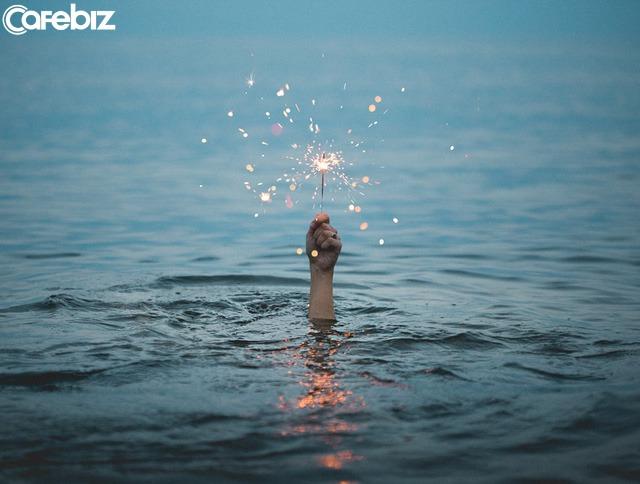 Thế giới của người lớn chưa bao giờ là dễ dàng cả: Khi thất bại, khó khăn, tuyệt đối đừng để mình nhàn rỗi - Ảnh 2.