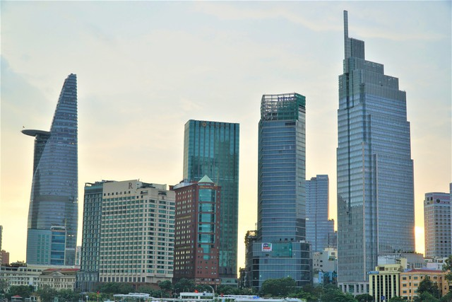 Cận cảnh khách sạn 5 sao Hilton Sài Gòn đang trong diện rà soát pháp lý - Ảnh 7.