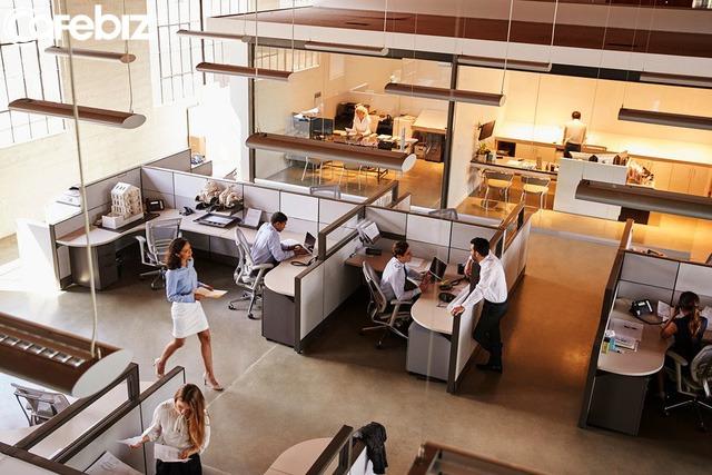 Tác hại của những Văn phòng mở kiểu Google và Facebook? 7 lời khuyên cho nhân viên làm việc trong văn phòng mở - Ảnh 1.