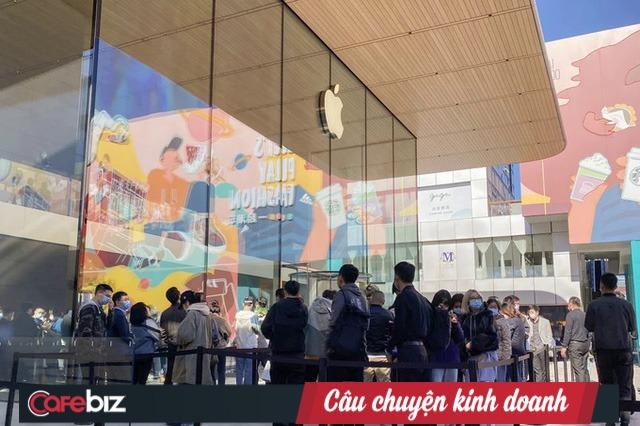 VinFast bị rò rỉ liền lúc 3 mẫu xe mới: Sự cố hay là chiêu thức marketing khôn ngoan thường được Apple, Samsung, H&M... sử dụng? - Ảnh 5.