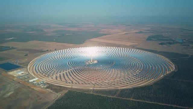 Ta có thể biến sa mạc Sahara thành nhà máy năng lượng mặt trời lớn nhất thế giới không? - Ảnh 2.