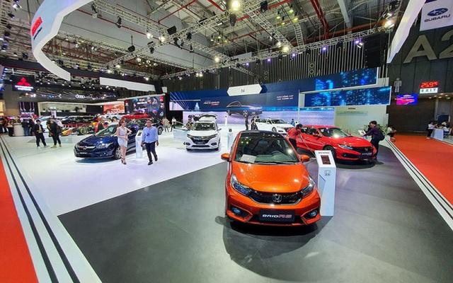 """Người Việt chi gần 1,9 tỷ USD để mua ô tô """"ngoại"""" - Ảnh 1."""
