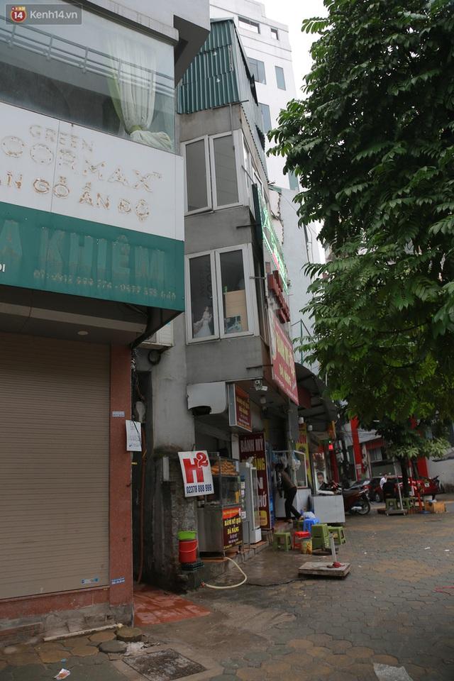 Ảnh: Cận cảnh những ngôi nhà siêu mỏng, siêu nhỏ ở đường Trường Chinh - Ảnh 10.