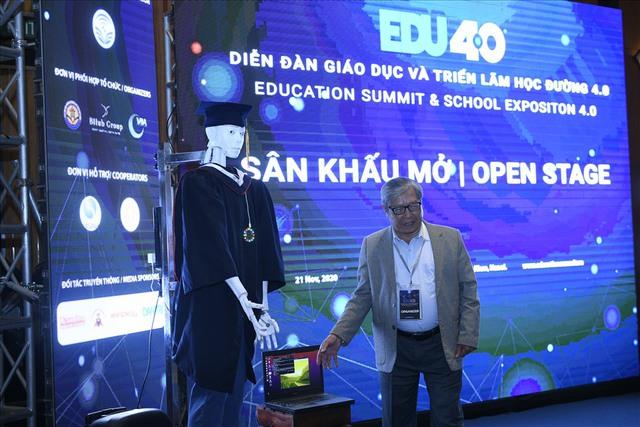 Xuất hiện robot AI Việt Nam: Biết đọc thơ, giải toán, có cả vị giác và trái tim - Ảnh 2.