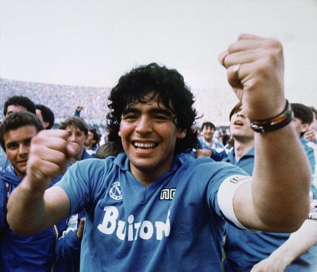 Diego Maradona - Thiên thần, Ác quỷ trong cùng nét vẽ - Ảnh 2.