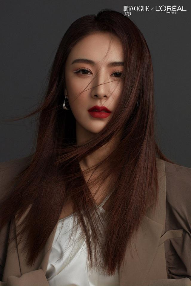 Kiếm hơn nghìn tỷ chỉ sau 7 tiếng, nữ hoàng livestream xứ Trung làm thế nào để từ chủ shop thời trang vô danh trở thành triệu phú? - Ảnh 17.