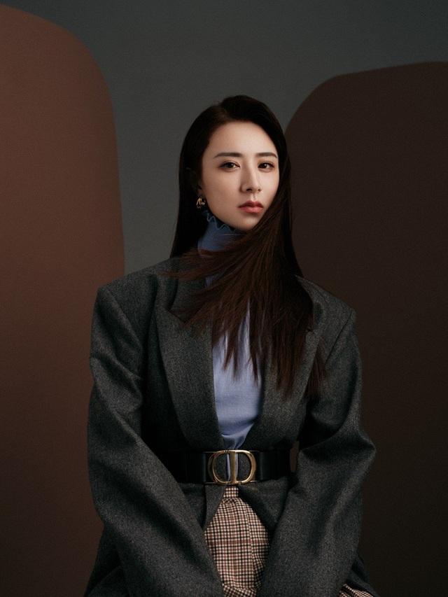 Kiếm hơn nghìn tỷ chỉ sau 7 tiếng, nữ hoàng livestream xứ Trung làm thế nào để từ chủ shop thời trang vô danh trở thành triệu phú? - Ảnh 19.