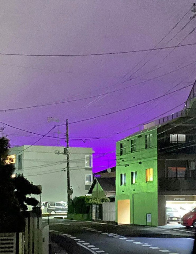 Nhật Bản: Bầu trời bỗng chuyển màu tím như phim kinh dị khiến nhiều người hoang mang, nhưng khi biết nguyên nhân ai nấy đều ngã ngửa - Ảnh 7.