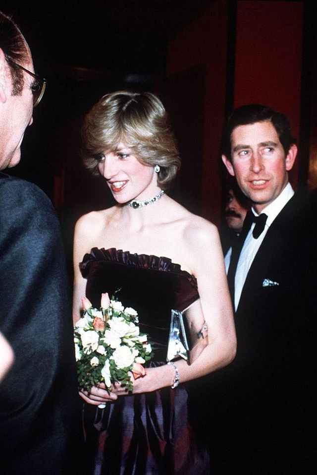 Được công nhận là nữ nhân Hoàng gia xinh đẹp nhất thế giới, chẳng ai biết Công nương Diana lại cực kỳ tự ti về tận 5 điểm trên cơ thể mình - Ảnh 8.