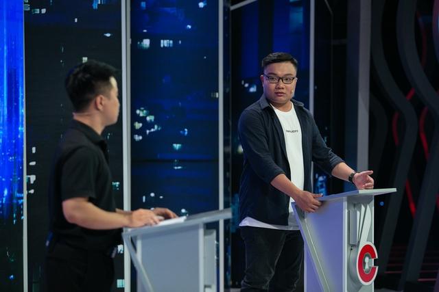 Vâng lời bố mẹ vào ĐH ngành Luật, đến năm thứ 3 nghe tiếng lòng bỏ đi học cao đẳng lập trình, chàng trai 25 tuổi được ông Hoàng Nam Tiến mời về làm GĐ phát triển Mega App - Ảnh 1.