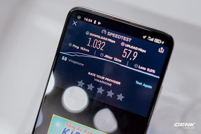 Thử nghiệm mạng 5G của VinaPhone: Tốc độ lên tới 1Gbps nhưng thiết bị hỗ trợ còn hạn chế - Ảnh 1.