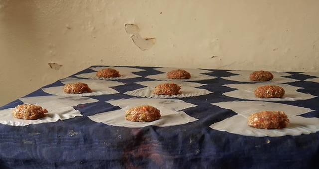 """Dương """"nem"""" nổi tiếng Senegal: 18 năm trả giá nơi xứ người, kiếm được tiền nhưng chỉ muốn về nước sống với túp lều tranh - Ảnh 7."""