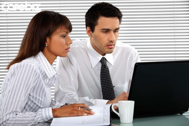 Đồng nghiệp dù có thân đến mấy cũng không thể cởi lòng cởi dạ, bạn cần học cách giữ im lặng trong một số vấn đề - Ảnh 1.