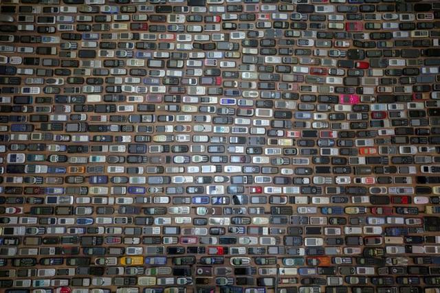 Choáng ngợp với bộ sưu tập điện thoại di động trong 20 năm của người đàn ông Thổ Nhĩ Kỳ - Ảnh 5.