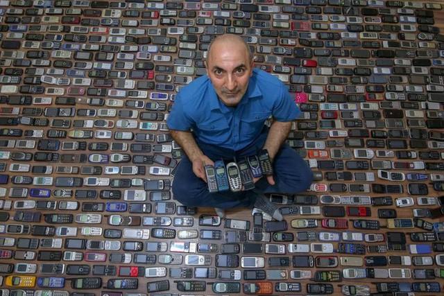 Choáng ngợp với bộ sưu tập điện thoại di động trong 20 năm của người đàn ông Thổ Nhĩ Kỳ - Ảnh 6.
