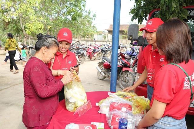 Năm 2020 thật kỳ diệu: Người Việt cùng nhau đi qua mọi sóng gió bằng sự lạc quan và sẻ chia - Ảnh 7.