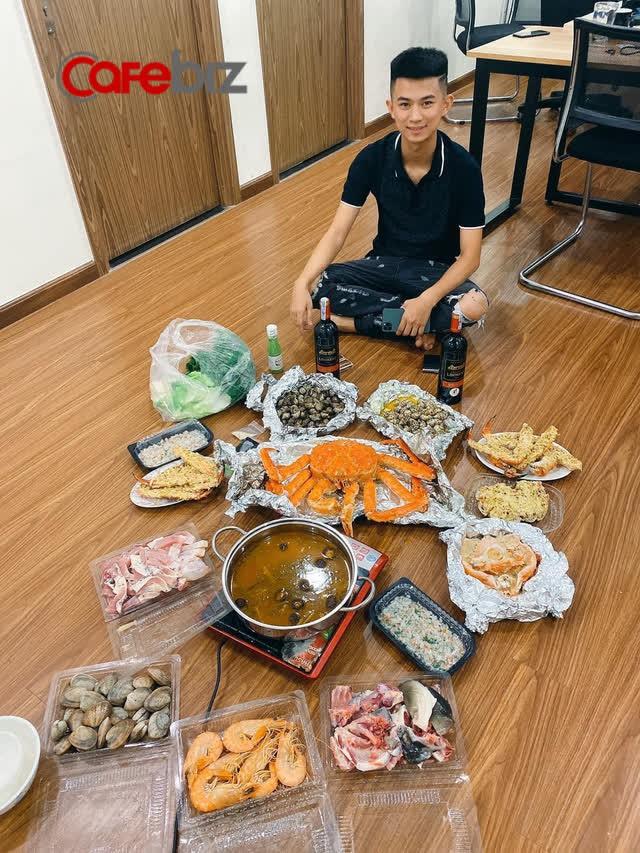 Sinh năm 2000, nam sinh HV Ngân Hàng thu 2 tỷ đồng/tháng từ việc kinh doanh hải sản - Ảnh 2.