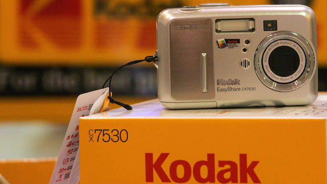 Kodak: Từ đế chế máy ảnh số 1 nước Mỹ thành nhà sản xuất dược phẩm - Ảnh 3.