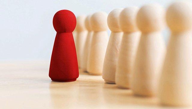 Để được cấp trên quý và thăng chức: Lưu ý quy tắc 10x và đừng để sếp nghĩ hộ bạn - Ảnh 1.