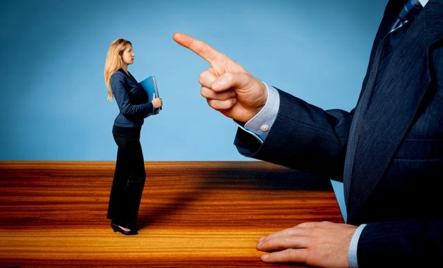 Vì sao làm sếp phải biết lựa thời điểm phê bình nhân viên? - Ảnh 1.