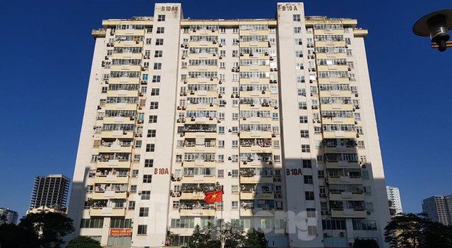 Vụ thang máy chung cư rơi ở Hà Nội: Người dân hoang mang, đề nghị làm rõ trách nhiệm - Ảnh 1.