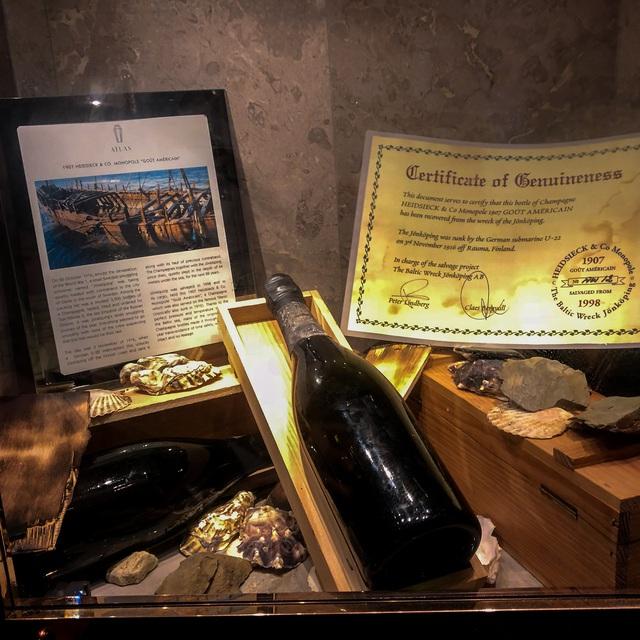 10 chai rượu vang đắt nhất thế giới cho giới thượng lưu: Mỗi chai có giá bằng cả chiếc ô tô, thậm chí là ngang với siêu xe! - Ảnh 5.
