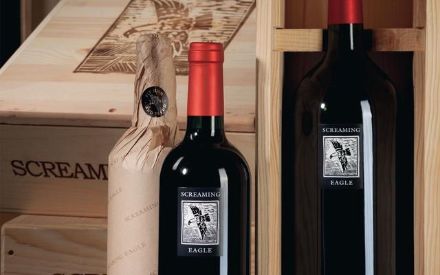 10 chai rượu vang đắt nhất thế giới cho giới thượng lưu: Mỗi chai có giá bằng cả chiếc ô tô, thậm chí là ngang với siêu xe! - Ảnh 2.