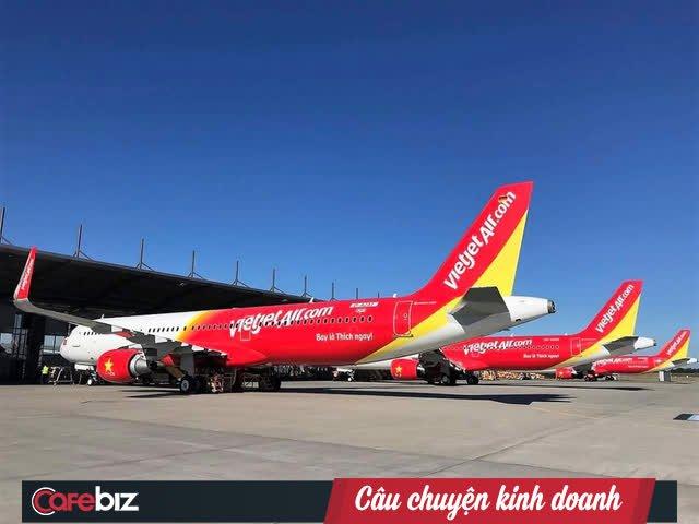 """10 năm ấn tượng của Vietjet Air: Mô hình hàng không giá rẻ, chiến lược """"bikini airlines"""" và nữ tỷ phú đô la duy nhất của Việt Nam - Ảnh 2."""