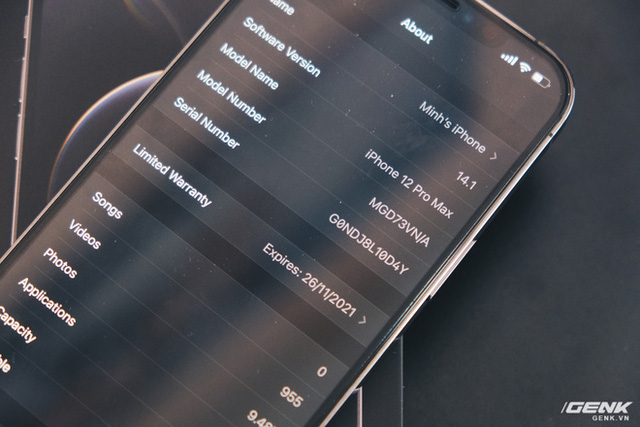 Không chỉ iPhone 12, ngay cả củ sạc Apple cũng cháy hàng, tăng giá tại Việt Nam