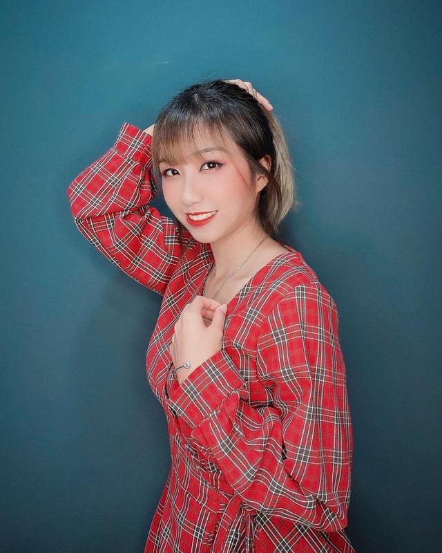 Di Di - gương mặt vừa lọt Top 10 YouTuber nổi bật nhất Việt Nam 2020 là ai? - Ảnh 3.