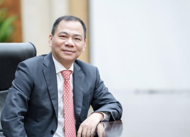 10 người giàu nhất sàn chứng khoán 2020: Tỷ phú Phạm Nhật Vượng vẫn đứng đầu, ông Trần Đình Long, Nguyễn Văn Đạt thăng hạng mạnh mẽ - Ảnh 2.