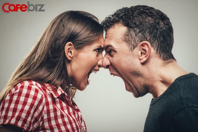 3 điều phụ nữ THÔNG MINH không bao giờ ra tay với chồng - Ảnh 2.