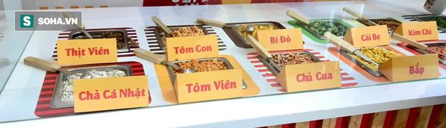 Đại gia mì Hảo Hảo làm nhà hàng: Buffet mì tôm giá 10.000 đồng - Ảnh 2.