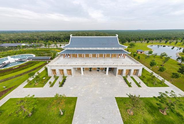 Cận cảnh hoa viên nghĩa trang hơn 2.000 tỷ đồng, có cảnh quan đẹp bậc nhất Việt Nam - Ảnh 12.