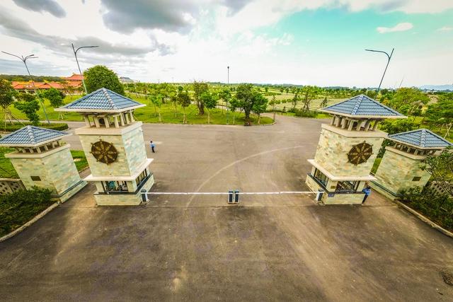 Cận cảnh hoa viên nghĩa trang hơn 2.000 tỷ đồng, có cảnh quan đẹp bậc nhất Việt Nam - Ảnh 3.