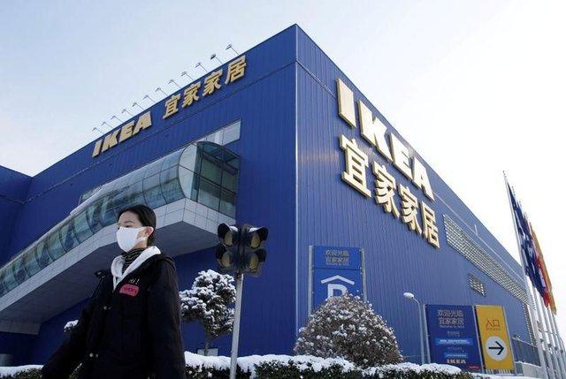 Reuters: Người tiêu dùng Trung Quốc trở lại mua sắm khi dịch Covid-19 đã qua đỉnh - Ảnh 2.