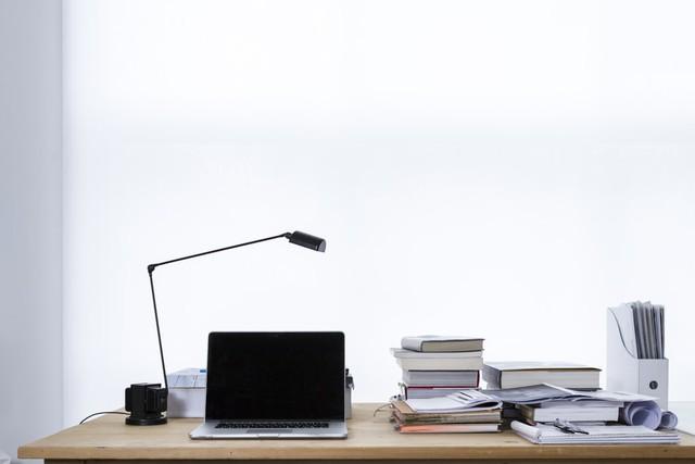 6 gợi ý để làm việc tại nhà đúng cách thời nCoV - Ảnh 2.