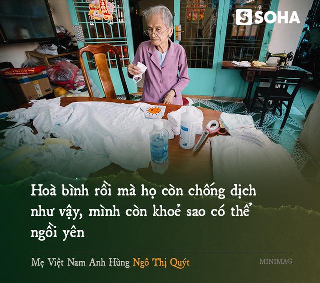 Mẹ Việt Nam Anh hùng 97 tuổi may khẩu trang tặng người nghèo phòng dịch Covid-19 - Ảnh 5.