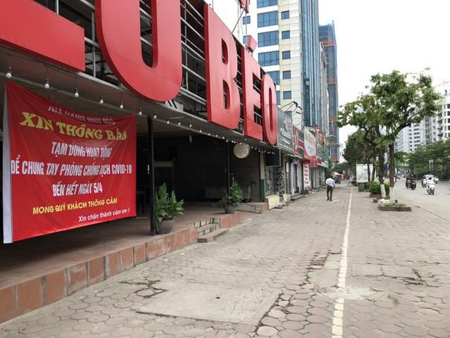 Ngày đầu Hà Nội thực hiện lệnh đóng cửa hàng quán - Ảnh 3.