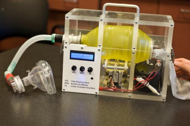MIT phát hành miễn phí bản thiết kế máy thở giá rẻ, có thể được sao chép tại mọi bệnh viện trên thế giới - Ảnh 2.