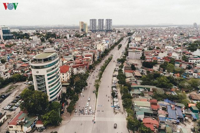 Ngắm nhìn đường phố Hà Nội từ trên cao trước ngày cách ly xã hội - Ảnh 11.