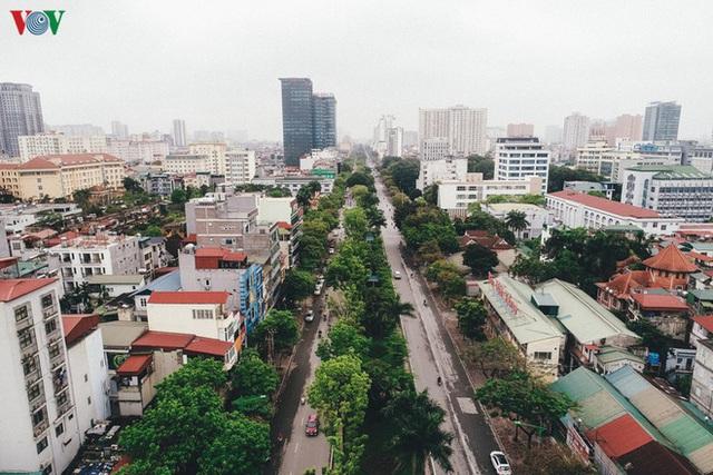 Ngắm nhìn đường phố Hà Nội từ trên cao trước ngày cách ly xã hội - Ảnh 4.