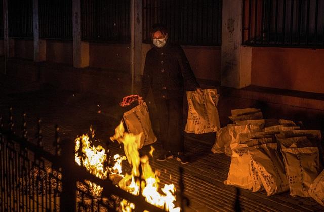 Chùm ảnh: Vũ Hán - thành phố triệu dân vừa thức dậy sau một giấc ngủ kéo dài 76 ngày do lệnh phong tỏa trong đại dịch Covid-19 - Ảnh 10.