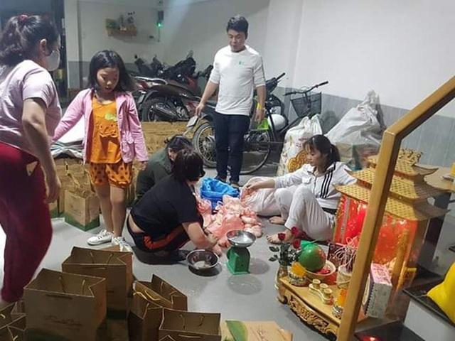 Xuất hiện người đi ô tô đến nhận quà tặng người khó khăn Ai cần cứ đến lấy, giải pháp của nhóm từ thiện khiến nhiều người gật gù đồng tình - Ảnh 11.