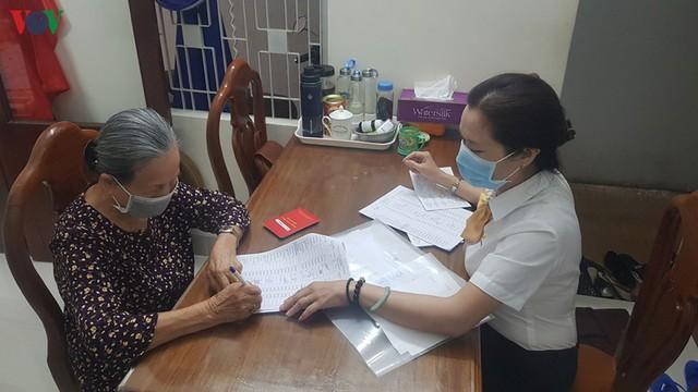 Đà Nẵng chi trả một lần lương hưu, trợ cấp tháng 4, 5 cho người dân - Ảnh 1.