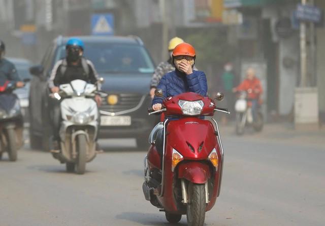 Vì sao Hà Nội vẫn ô nhiễm không khí dù đang giãn cách xã hội? - Ảnh 1.