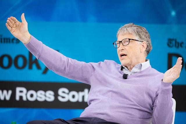 Ở tuổi 64, Bill Gates vẫn khẳng định sẽ làm việc chăm chỉ hơn dù đã nghỉ ở cả Microsoft và Berkshire Hathaway - Ảnh 1.