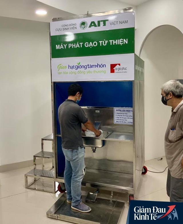 Thêm nhiều máy ATM gạo – Hạt Giống Tâm Hồn tới đồng bào các tỉnh miền Tây và phía Bắc  - Ảnh 1.
