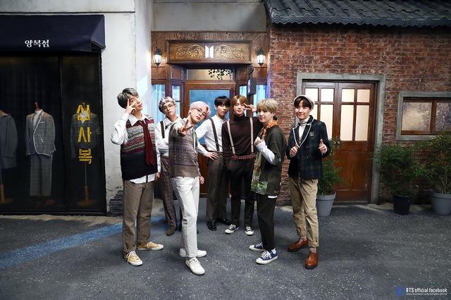 Bước vào cửa hiệu nhiệm màu: Cuốn sách truyền cảm hứng cho nhóm nhạc BTS và bài học về lòng tự trọng, sức mạnh của ý chí - Ảnh 2.